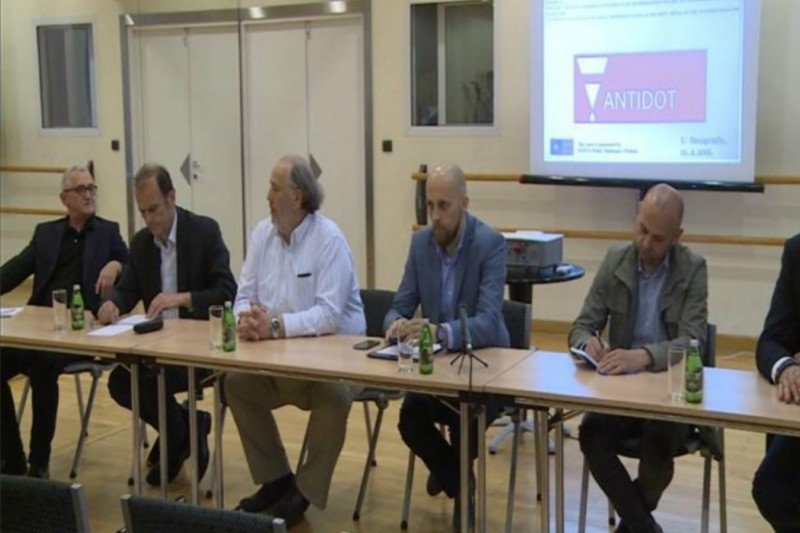 An ANTIDOT roundtable held in Belgrade in April, entitled External Impacts on Media Interpretations of Security Issues in the Western Balkans, where journalists from the region took part, was abundant with a number of examples from practice, which among other things clearly showed that hybrid war in the Western Balkans is already in progress